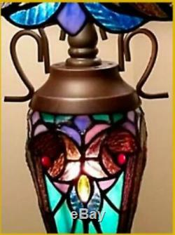 Tiffany Style Table Lamp Glass Stained Shade Glass Base Light Handcrafted Lamps